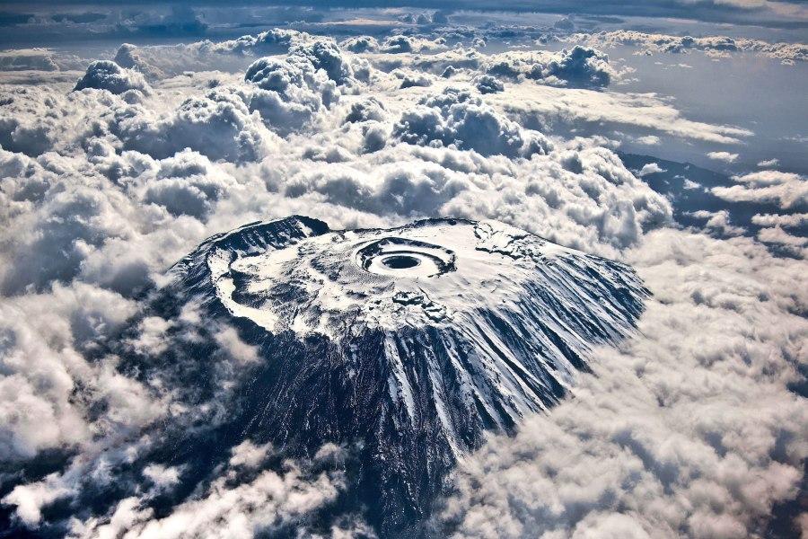 Kilimanjaro_W_3may12_rex_b